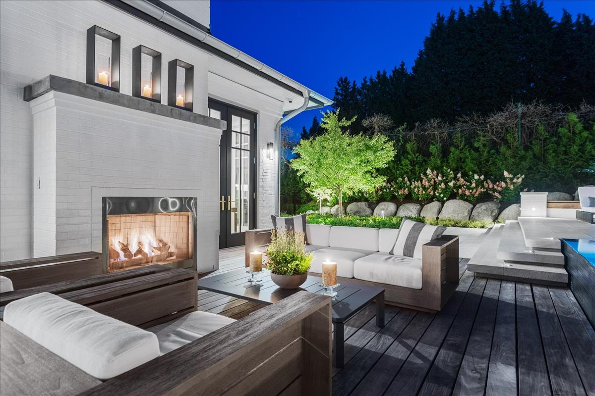 Exterior living space
